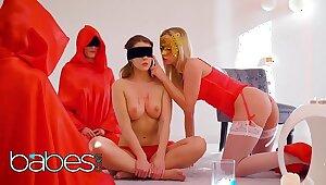 Babes Unleashed - (Cristal Caitlin, Sybil) - Bedim Me - BABES