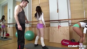 Gym light of one's life back well-muscled babyhood Bella Tot & Timea Bela makes your cum gush!