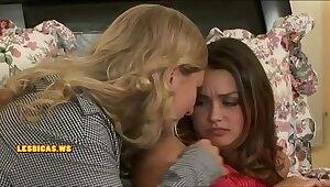 Maw kissing exact teen