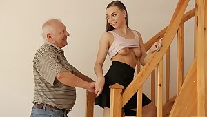 DADDY4K. Experienced guy creampies son's day